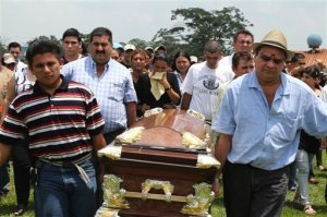 Relatives carry Viera's coffin. From http://www.utsandiego.com.