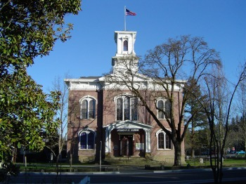 Jackson County, Oregon Courthouse. From Wikipedia.